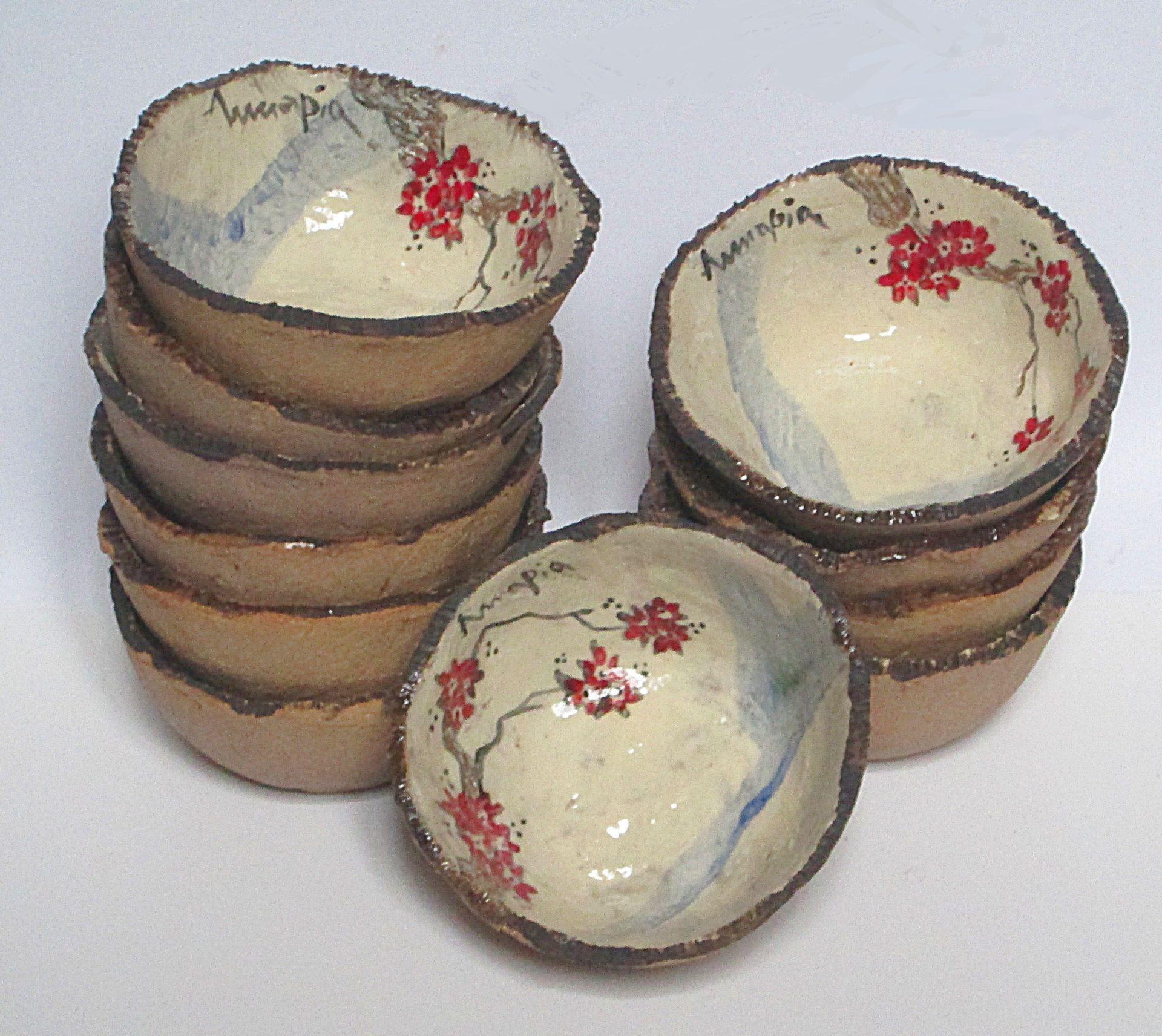 handmade japanese ceramic bowl mug craft Annapia Sogliani ciotoline macedonia ceramica fatta e decorata a mano engobbio, bols céramique faite et décorée main grès décor engobe